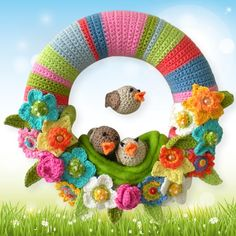 Häkelanleitung für einen sommerlichen Türkranz mit Blumen und Vögeln / diy crochet instruction: summerly wreath with flowers and birds by Bunt gehäkelt von Petra via DaWanda.com