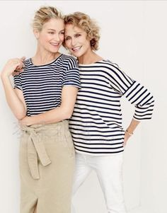 Crew women's relaxed linen T-shirt in stripe and washed cotton skirt.Crew women's oversized drop-sleeve striped T-shirt and matchstick jean in white. J Crew Style, My Style, French Style, J Crew Catalog, J Crew Outfits, Lauren Hutton, Linen Tshirts, Cotton Skirt, Womens Fashion