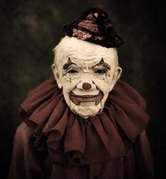 blackadder: gypsytramp: Pete Turhume I hate clowns, but love this.