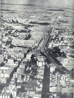 Fotos antiguas de Madrid - Página 7 - ForoCoches Foto Madrid, Murcia, Old Pictures, Historical Photos, Vintage Images, City Photo, San, Black And White, Travel