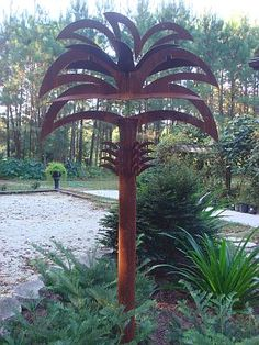 Palmetto Tree metal sculpture by Garden Landscaping Art!