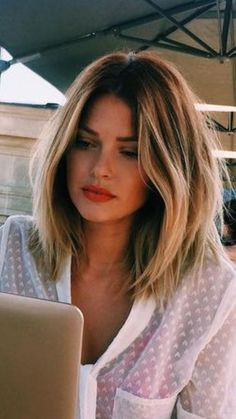 Popular Haircuts 2019 beautiful hair styles Popular Hairstyles for Women You Must Wear Nowadays Popular Hairstyles, Girl Hairstyles, Lob Hairstyle, Layered Hairstyles, Hairstyles For Women, Long Bob Hairstyles, Hairstyle Ideas, Long Bob Haircuts, Hairdos