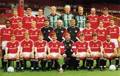 Manchester United, 1991. Shirt available from camporetro.com.