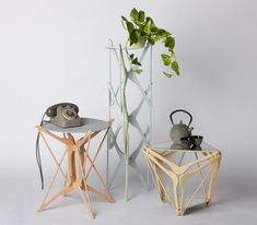 the series of tables re-contextualizes everyday household clothes hangers by arranging them in creative geometries that give each piece its unique aesthetic appearance.