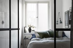 Bedroom behind a glass partition
