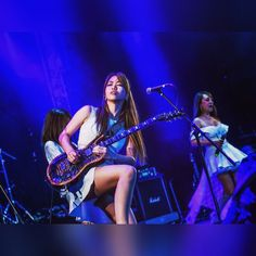 """LOVEBITES appeared in the world's largest metal festival """"I am really happy to be in this place! Japanese Girl Band, Japanese Female, Guitar Girl, Female Guitarist, Girl Bands, Musical, Music Bands, Rock Music, Rock Bands"""