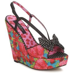 An essential to every woman's wardrobe, hot wedge heels!
