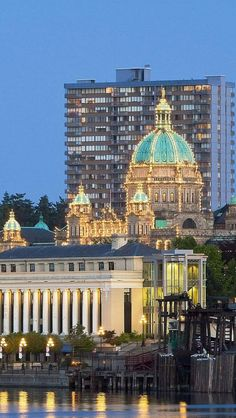The Capitol Building in its lighted glory, absolutely breathtaking at Vancouver Island, British Columbia, Canada Canada Vancouver, Victoria Vancouver Island, Downtown Vancouver, Vancouver Vacation, Victoria Canada, Victoria British Columbia, Wonderful Places, Great Places, Beautiful Places