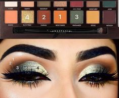 Docolor Makeup Fantasy Make Up Set Foundation Eyebrow Concealer Cosmetic Eyeshadow Brushes Kits - Cute Makeup Guide Makeup 101, Sexy Makeup, Makeup Goals, Makeup Inspo, Makeup Ideas, It Cosmetics Concealer, Eyeshadow Makeup, Eyeshadows, Eyeliner
