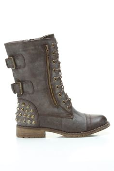 studded lace up boots / Twin Tiger