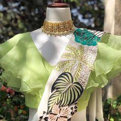 Hyderabad Designer Aisha Rao Has Gorgeous Colourful Lehengas Under 1 Lakh - Dress Indian Style, Indian Fashion Dresses, Indian Designer Outfits, Designer Dresses, Designer Wear, Simple Saree Designs, Simple Sarees, Saree Blouse Patterns, Saree Blouse Designs