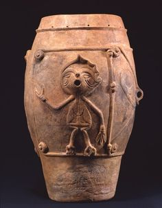 Deep clay pot with doll, Jomon period, BC, Yamanashi Japan Jomon Era, Jomon Period, Japanese Ceramics, Japanese Pottery, Japanese History, Japanese Art, Clay Figures, Ancient Artifacts, African Art