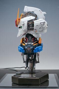 Check out the latest Gunpla Gundam News here. Gundam Head, Zeta Gundam, Lego Mecha, Gunpla Custom, Wallpaper Size, Robot Design, Gundam Model, Vinyl Toys, Model Building