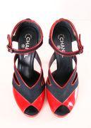 Chanel Heels  Peep toe shoes #sapatos #sandálias Moda #estilo #tendência #inspiração #glamour #atitude #influência #brilho #beleza #elegância #Style #Stylish #trend #inspiration #glamourous #stunning #fashion #fashionable #wishlist