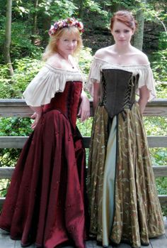 Kristi Lynne Engel to Moresca You guys were amazingly helpful and your dresses are gorgeous! — with Janet Lynne Pitcher. Renaissance Costume, Renaissance Clothing, Medieval Fashion, Corset Costumes, Period Costumes, Cosplay Costumes, Historical Costume, Historical Dress, Fantasy Costumes