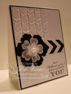Building a Chevron Pattern using Petite Petals with Deb Valder by djlab - Cards and Paper Crafts at Splitcoaststampers