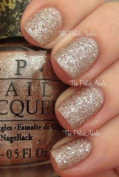 #nails #sparkle #gol