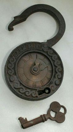 Antique Keys, Vintage Keys, Antique Hardware, Under Lock And Key, Key Lock, Cles Antiques, Door Knobs And Knockers, Old Keys, Key To My Heart