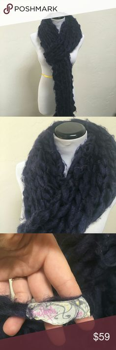 Free People chunky knit scarf Navy white Burgundy NWOT chunky knit scarf.  No issues, good looking, great name! Free People Accessories Scarves & Wraps