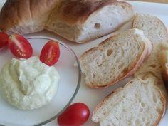 Kemencés kenyérke, mascaponés cukkinivel, koktél paradicsommal