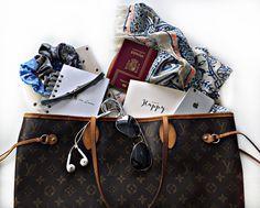 Travelling Essentials #sistersinlove #accesorios #fashion  #coleteros #choquer #travellingessentials
