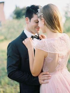 Tendance Robe du mariage 2017/2018  Dreamy pink tulle gown: www.stylemepretty | Photography: Julia Kaptelova  ju
