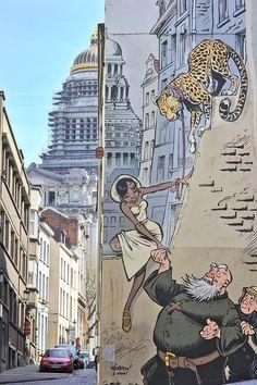 Art Banksy, Graffiti Wall Art, Urban Graffiti, Graffiti Painting, Murals Street Art, Art Mural, Street Art Graffiti, Street Art Love, Best Street Art