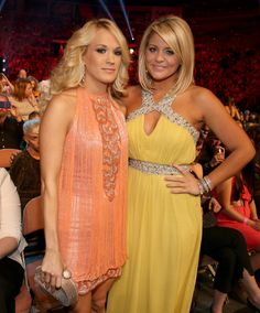 Lauren Alaina and Carrie Underwood <3 They are both so beautiful