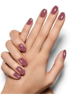 Essie Topless & Barefoot: This is the most popular nude nail polish - This is the most spun nude nail polish of the year! Informations About Essie Topless & Barefoot: Das - Hair And Nails, My Nails, Nails Today, Nude Nails, Acrylic Nails, Neutral Nails, Pink Nails, Beige Nails, Girls Nails