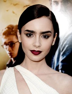 Lily Collins, Mortal Insyruments premiere makeup