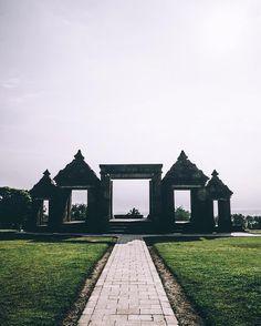 Ratu Boko Temple.  #livefolkindonesia by raayhands