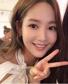 Asian Cute, Cute Asian Girls, Cute Girls, Lee Young, Park Min Young, Korean Star, Korean Girl, Korean Actresses, Actors & Actresses