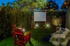 How to Make an Easy Outdoor Movie Screen | HGTV