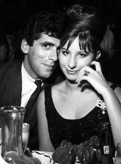 Elliott Gould & Barbra Streisand (hottest jewish couple ever) Classic Hollywood, Old Hollywood, Jazz, Brooklyn, Famous Couples, Director, Star Wars, Hello Gorgeous, Celebrity Couples