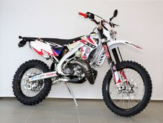 Mx Bikes, Dirt Bikes, Santa Cruz Bicycles, Honda, Marvin, Enduro, Vintage Bikes, Motocross, Cars And Motorcycles