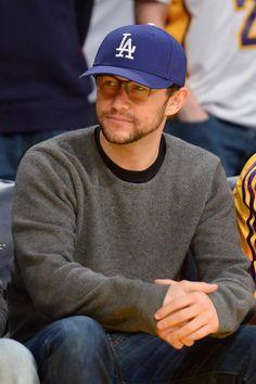 Celebrity Men with Glasses: Joseph Gordon-Levitt