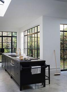 Luxury Bespoke Kitchens & Design from Plain English Cupboardmakers Kitchen Interior, New Kitchen, Kitchen Dining, Kitchen Decor, Kitchen Stuff, Kitchen Ideas, Kitchen Island, Kitchen Cabinets, Plain English Kitchen
