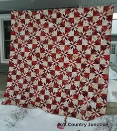 Hunter's Star and it's completely finished. I would sew the mystery clue and the… House Quilts, Baby Quilts, Hunters Star Quilt, Braid Quilt, Crumb Quilt, Red And White Quilts, Wedding Ring Quilt, Bonnie Hunter, String Quilts