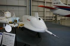 宇宙往還実験機HOPE(模型)   どうしても似たようなリフティングボディになりますが国産機が早く開発されると言いのですが。
