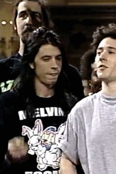Dave Grohl&Krist Novoselic (melvins shirt yessss.)