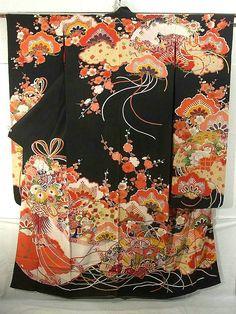 Vintage Silk Furisode kimono with impressive design Furisode Kimono, Kimono Fabric, Yukata, Japanese Textiles, Japanese Patterns, Vintage Kimono, Japanese Outfits, Japanese Fashion, Asian Fashion