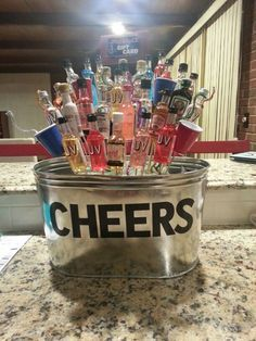 booze bouquet i made for a silent auction more auction baskets gift . booze bouquet i made for a silent auction more auction baskets gift … Fundraiser Baskets, Raffle Baskets, Themed Gift Baskets, Diy Gift Baskets, Basket Gift, Craft Gifts, Diy Gifts, Golf Gifts, Party Gifts