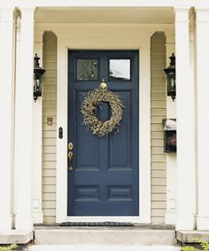 Front Door Paint Colors - Want a quick makeover? Paint your front door a different color. Here a pretty front door color ideas to improve your home's curb appeal and add more style! Porta Colonial, Colonial Front Door, Home Design, Interior Design, Luxury Interior, Casa Petra, Tan House, Pintura Exterior, Painted Front Doors