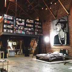 If I had a loft, it would so look like this. Is that a bookshelf up the stairs/ladder? And, the art canvas, I love it. My future house needs a loft with this layout and design. Loft Design, Deco Design, Design Case, House Design, Design Trends, Attic Design, Library Design, Design Room, Studio Design