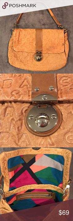 Marc by Marc Jacobs Brown Leather Shoulder Bag Authentic Marc by Marc Jacobs Brown Leather Shoulder Bag in good condition with one blemish Marc By Marc Jacobs Bags Shoulder Bags