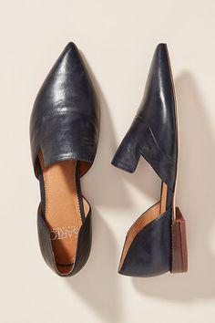 by Franco Sarto Pointed-Toe Flats by Franco Sarto Pointed-Toe Flats Size 8 Fall Flats, Fall Shoes, Flats Outfit, Pointy Toe Flats, Toe Shoes, Italian Shoes, Franco Sarto, Black Flats, Designer Shoes