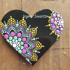 Hand painted wood magnet,sealed with varnish for protection and long lasting colours. Great and affordable gift for someone you love. Dot Art Painting, Pebble Painting, Painting Patterns, Stone Painting, Painting On Wood, Mandala Art, Mandala Painting, Mandala Painted Rocks, Mandala Rocks