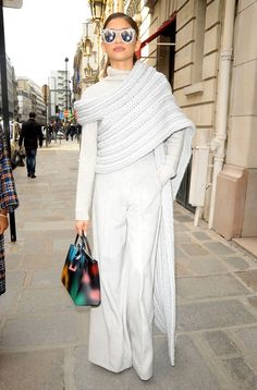 Zendaya wore a half-sweater, half-scarf hybrid while generally looking fabulous on the streets of Paris during Fashion Week on March See our style crush! Moda Zendaya, Half Sweater, Sweater Scarf, Stylish Outfits, Fashion Outfits, Zendaya Fashion, Fashion Pics, Zendaya Style, Zendaya Coleman