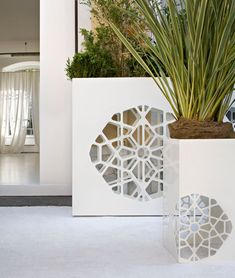 Indoor/outdoor / Pots de fleurs | Complémentaires | Dafne e Demetra | De Castelli ... Check it out on Architonic