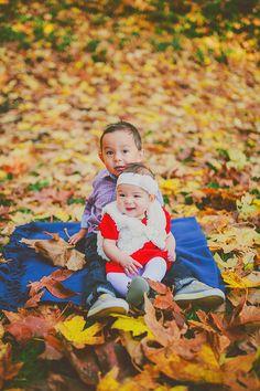 creative family portraits - autumn - sunshine coast, bc - jennifer picard photography ~ creative boutique photography - cute kids in leaves